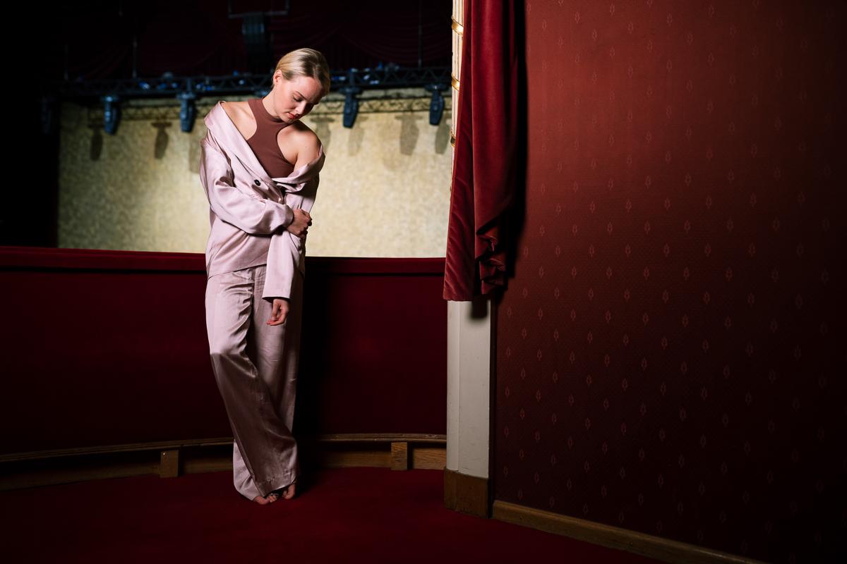 marie-luise stockinger photographed for welt der frauen, burgtheater 2021